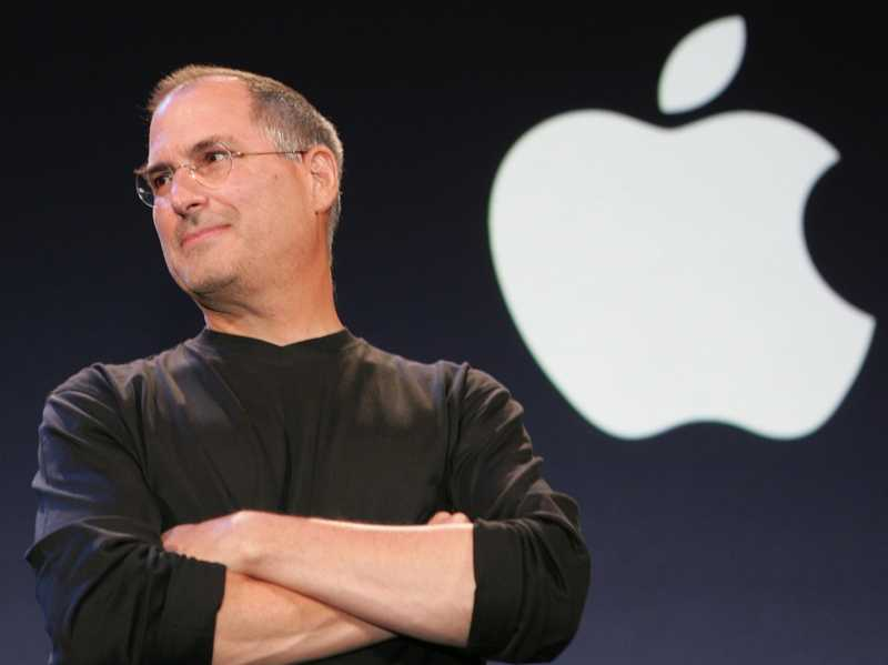 Apple's Steve Jobs died a year ago on 5.10.11