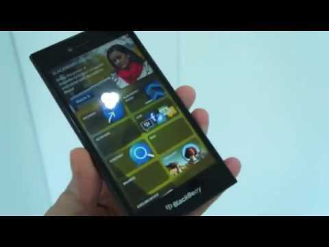 BlackBerry shows inclination towards Touch screen, announces Leap Phone