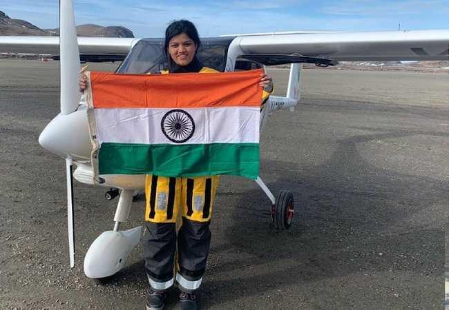 Aarohi Pandit flies solo