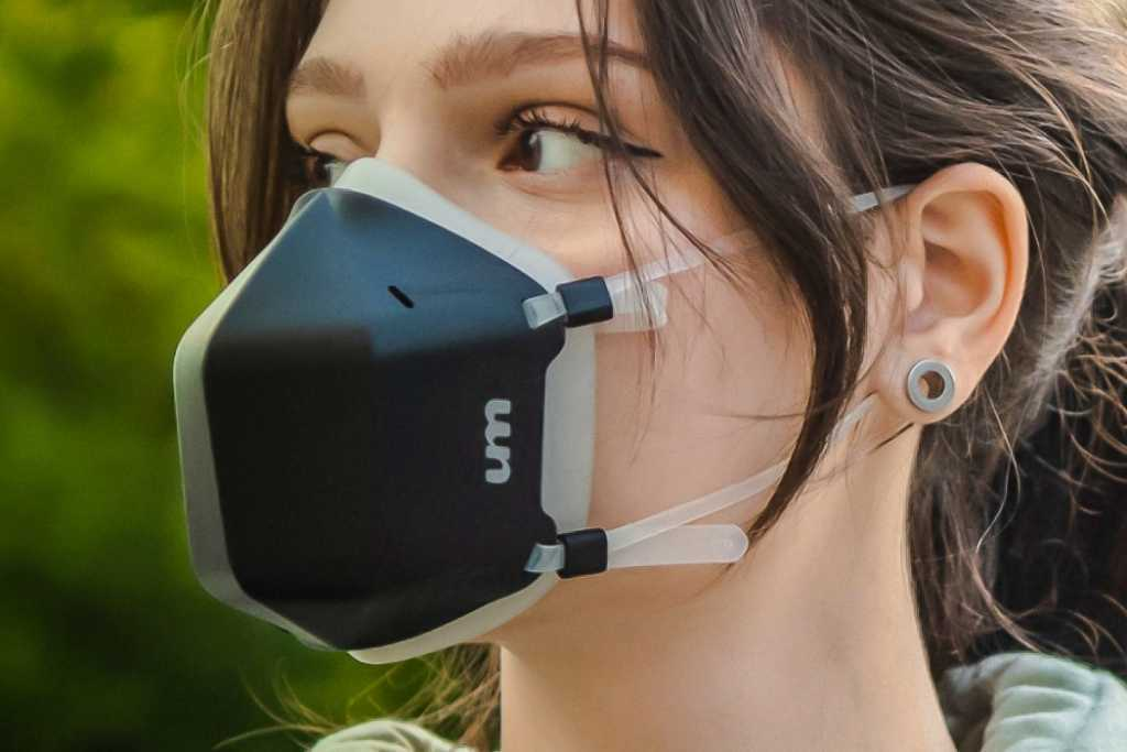 High-tech Masks Now Double As Air Purifiers