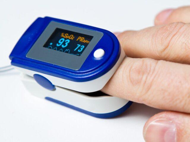 Use Pulse Oximeter 1