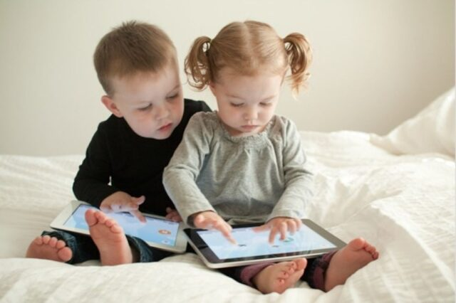 keep your child away from gadgets 2