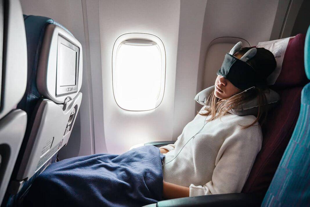 best travel gadgets for long flights