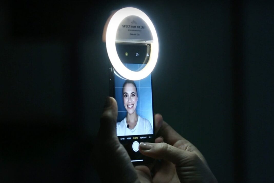 Best Ring Lights for iPhone 1