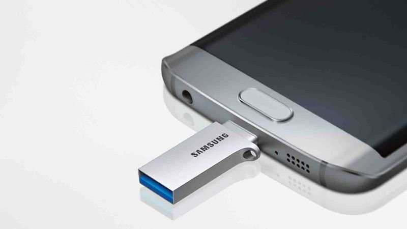 Connect Pendrive to Phone